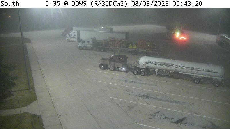 RA35DOWS - Truck Parking 2